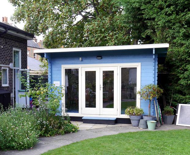 Reminiscence Cabin at Beckenham MindCare Centre